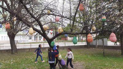 """Великденско настроение в СУ """"Тодор Кирков"""" - СУ Тодор Кирков - Ловеч"""